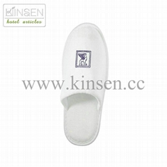 white hotel slipper with embroided logo