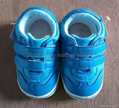 Stock baby leather shoes