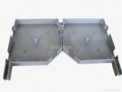 Roller shutter door side plate