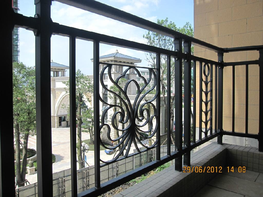 Iron balcony railing axcel china manufacturer metal for Metal balcony
