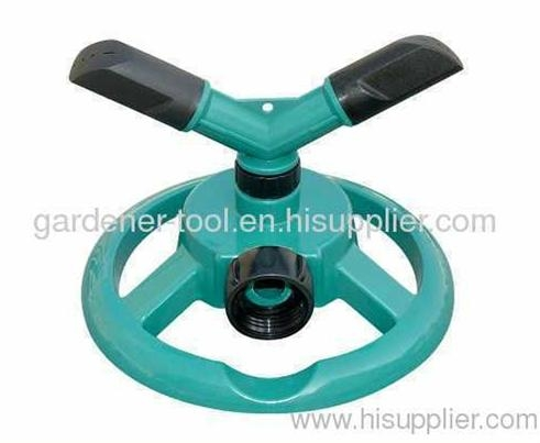 Plastic 2-arm yard water rotary sprinkler with plastic base 1