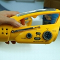 2013 Newest Solar LED Dynamo Flashlight With FM Radio 2