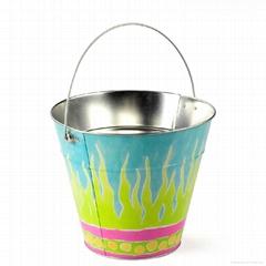 Bucket Tin With Handle