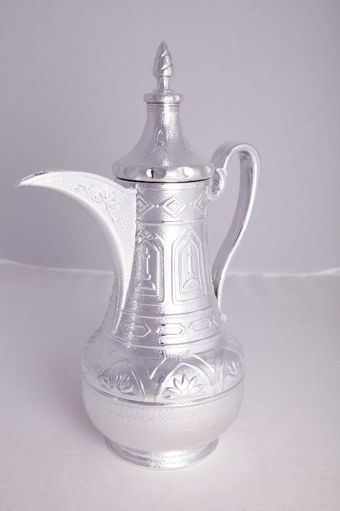 Arabic Dallah Thermos Flask with Glass Refill 4