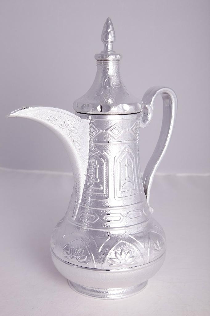 Arabic Dallah Thermos Flask with Glass Refill 5