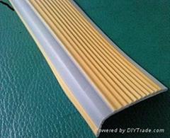PVC樓梯防滑條