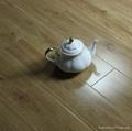 12mm High Glossy Laminate Flooring 1