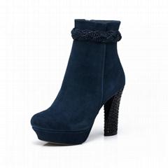 自由漫步休閑時尚保暖女士高跟鞋