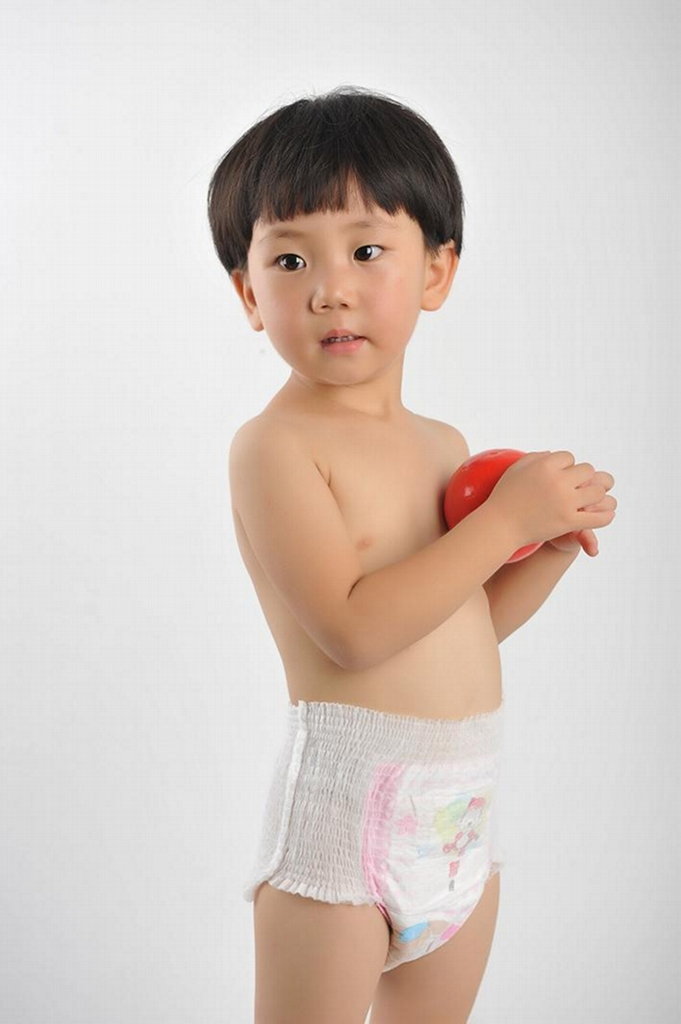 Pull up diapers are said to be one of the best tools to use when potty training, but are they truly effective? Which kind should you get? Potty training is an important milestone for your child, but it can be a long and frustrating process.