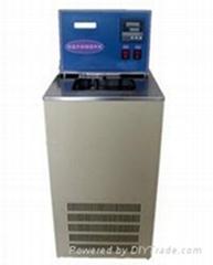 液体低温恒温循环容器