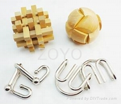 wooden puzzle and metal puzzle set