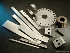 Saw Tooth Knives for Paper and Plastics