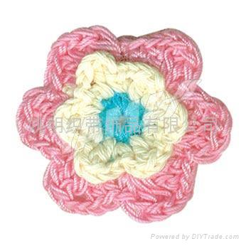 How to Crochet Three-Dimensional Flower Motifs