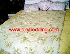 Silk quilt for summer