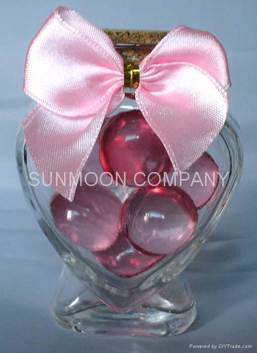 香皂花瓣+浴珠入心形塑料盒 4