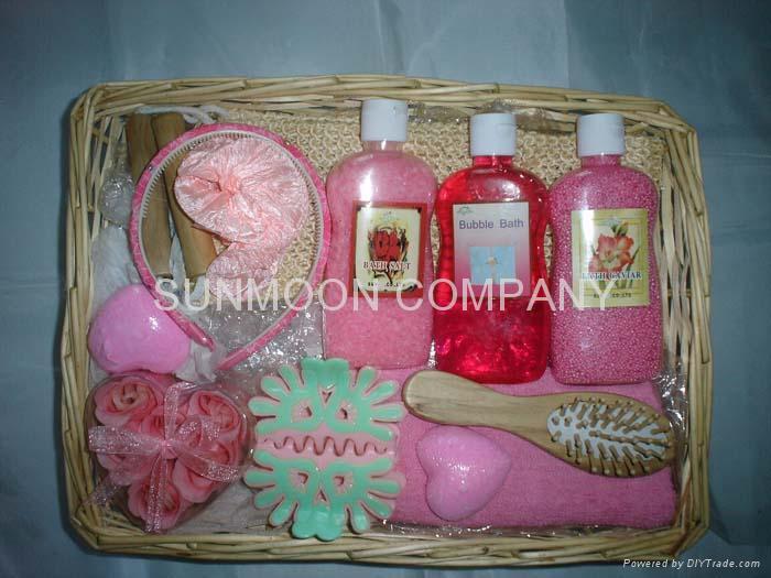 Bath gift set: Soap flower+ bath bubble +soap+bath caviar  5