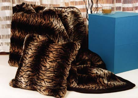 Tiger fur throw and matchin cushion