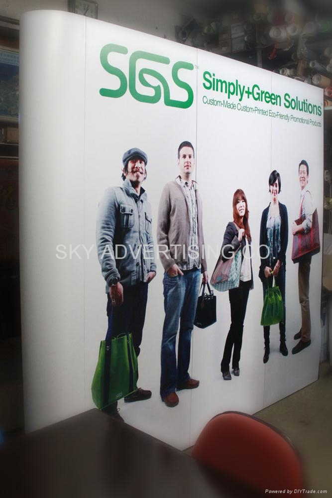 Roll-Up Banner Stand 4