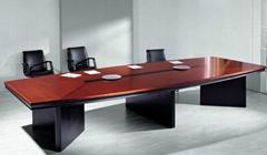 China Furniture/Office Desk, Made of MDF