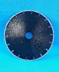 Electroplated diamond saw blade