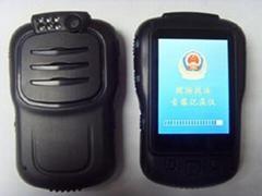 方正科技再推新品:執法記錄儀F8118