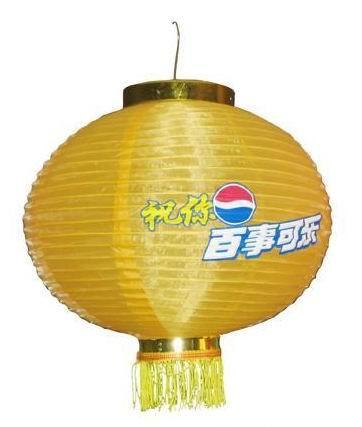 产品描述 专业工厂制作纸灯笼,布灯罩, 有台式,吊式,落地式多种,欢迎