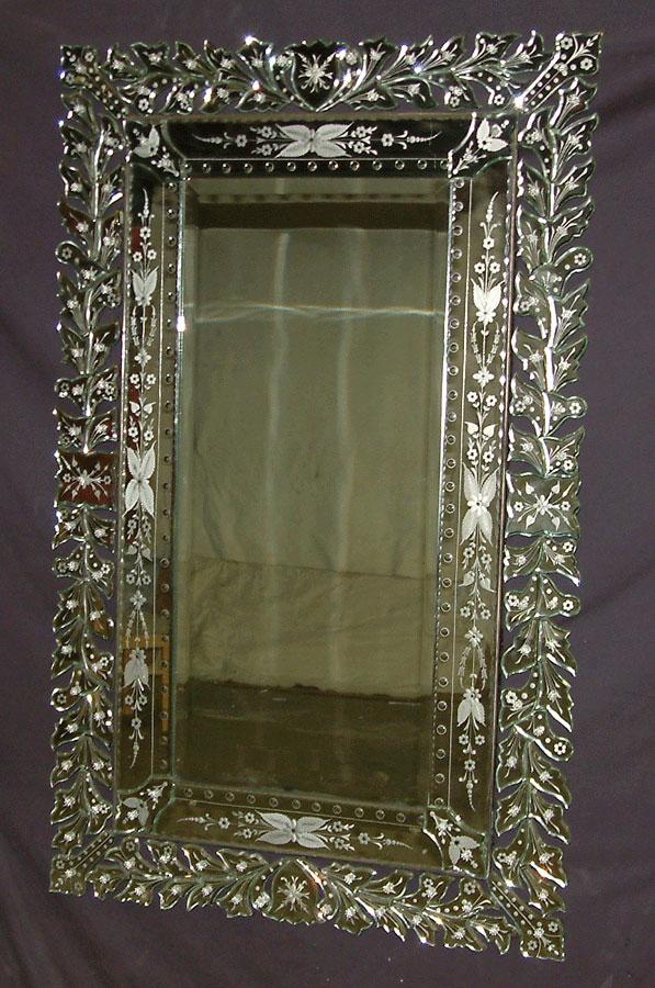 Black venetian mirror my style pinterest venetian for Black venetian mirror