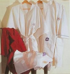 .浴衣,桑拿服