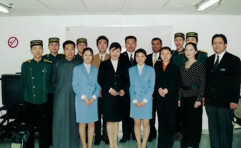 酒店服务礼仪管理培训课程 - 培训课程 - 完美微