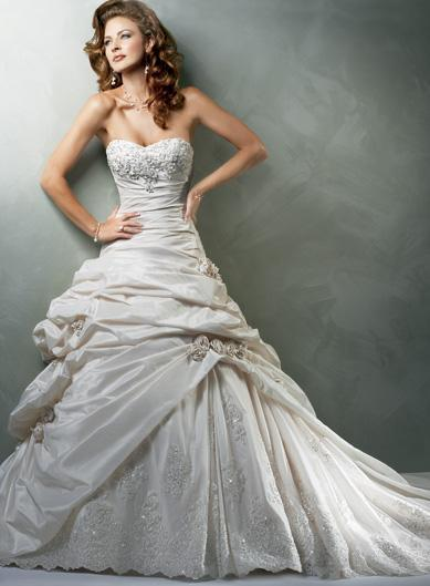Ky's Designs Wedding and Formal Gowns | Facebook