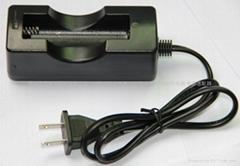 单节18650锂电池专用充电器