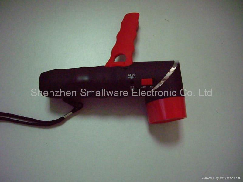 Hand winding flashlight XC-233 2