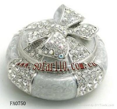 各类欧美珠宝盒/首饰盒,主要类型有鸡蛋形音乐珠宝盒,动物类珠宝盒,手
