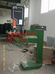 中空板超聲波專用焊接機