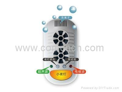 电子超声波电磁波驱鼠器UP11H 1