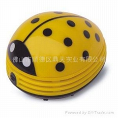 桌面吸尘器 (黄甲虫)