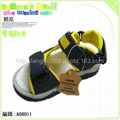 供應外貿原單童鞋系列