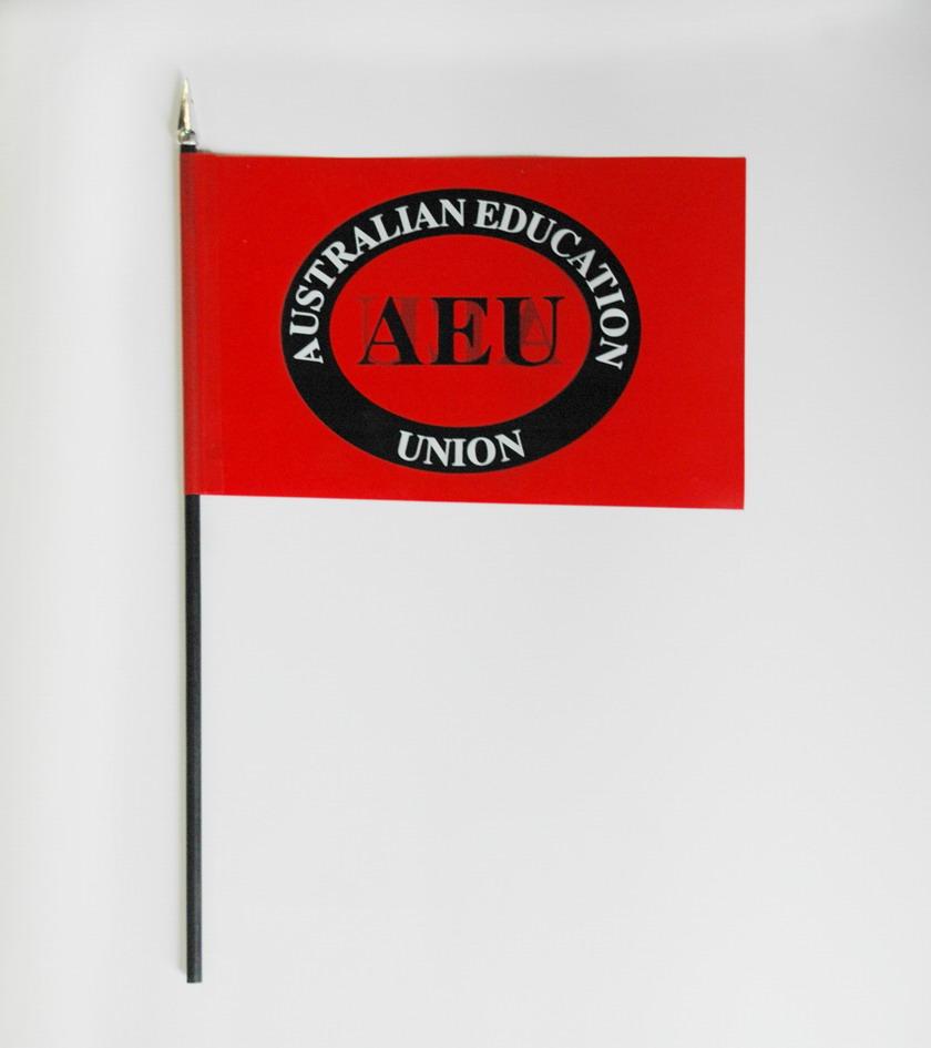Memo Holder & Hand Flag 5