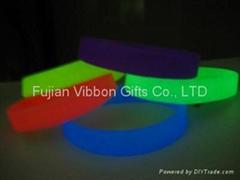 Glow Silicon wristband
