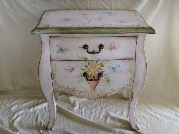 Amazing Antique Hand Painted Furniture 600 x 450 · 38 kB · jpeg