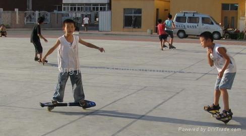 Surfing skateboard 2