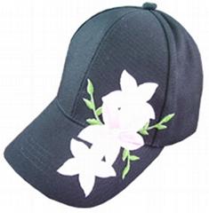 六片绣花帽