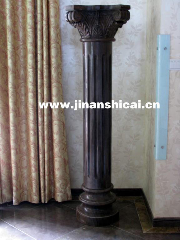 罗马人继承了希腊柱式,并加以改造,完善了科林斯柱式,广泛用来建造图片