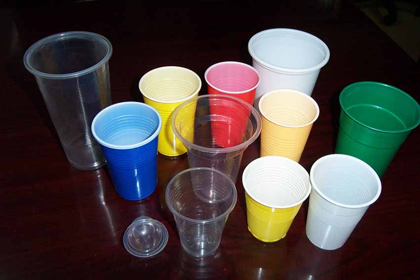 Plastic Paper Disposable Cups 1