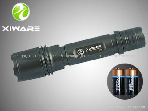 Xiware L20 240 LM CREE Q5 LED Flashlight Torch 2