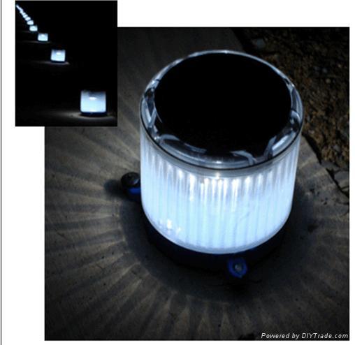 Solar Garden Trestle Light & night light 1