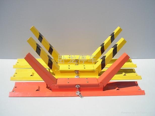 卧龙牌K型车位锁 大小车轮锁 1