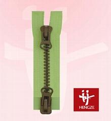 Plastic zipper with oxid teeth 2 O/E A/L