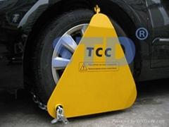 triangle wheel clamp with padlock