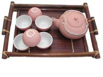Cracked tea set